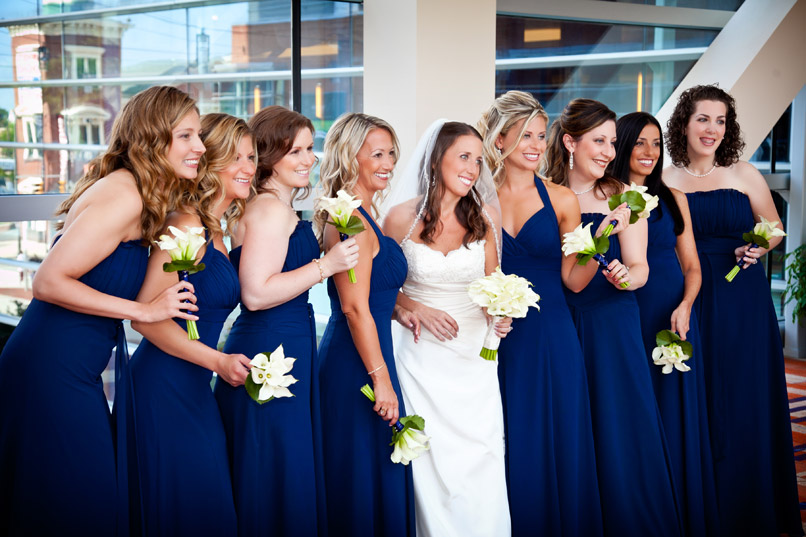 bride and bridesmaids navy blue dresses