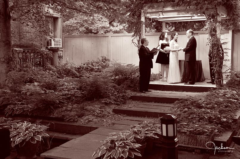 chase court courtyard wedding ceremony