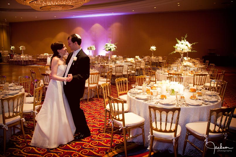 The alternating high and low centerpieces provided height in a high