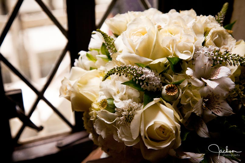 close up on white rose bouquet