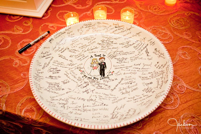 guest book plate dish