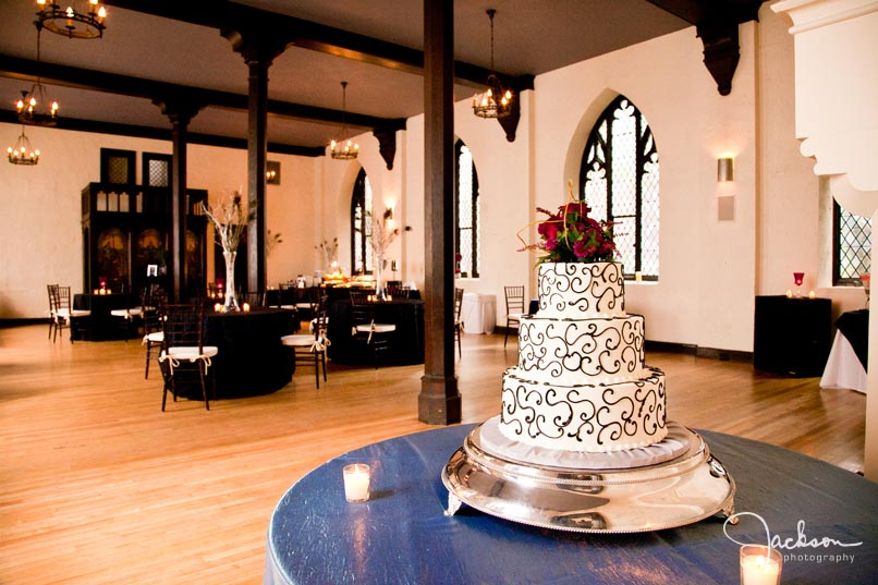black and white swirled cake at chase court