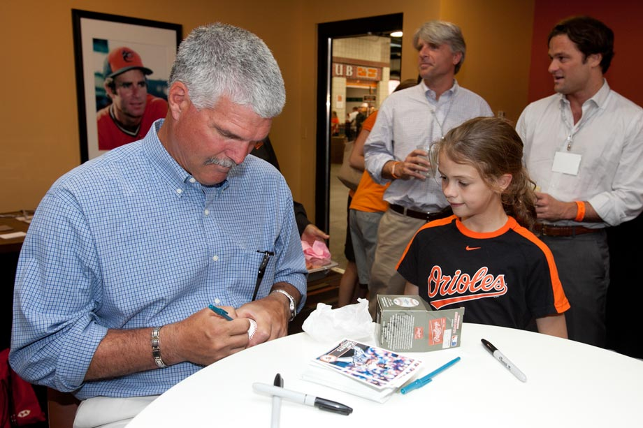 oriole signing autograph