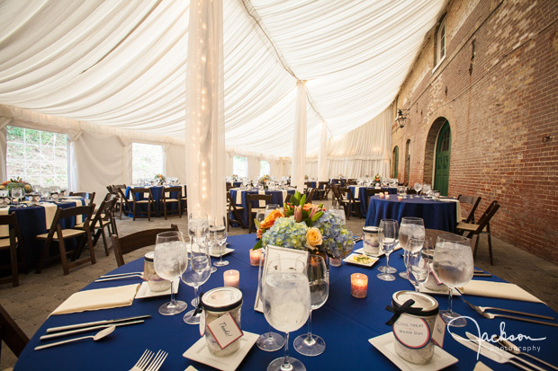 elegant blue and white reception at evergreen