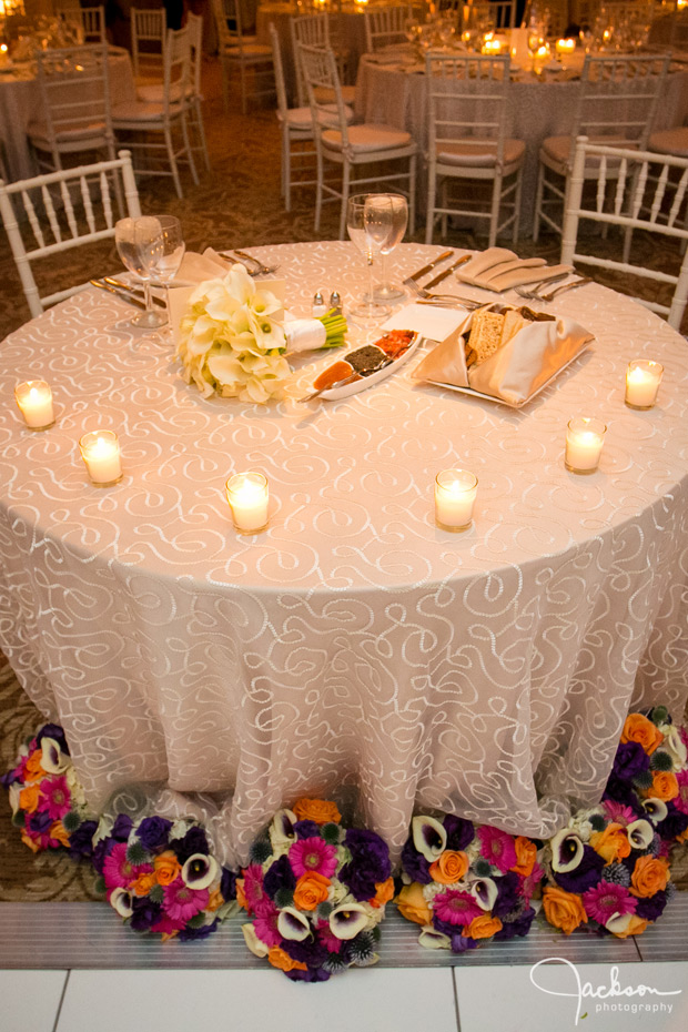 bridal table white swirls