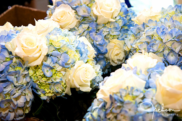 bridesmaid bouquets blue and yellow and white