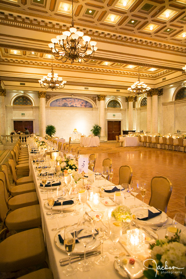 reception table at the corinthian room