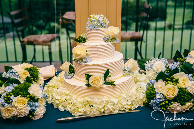 cream three layer wedding cake